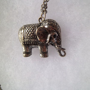 Silver-Tone Elephant Necklace Black Eyes